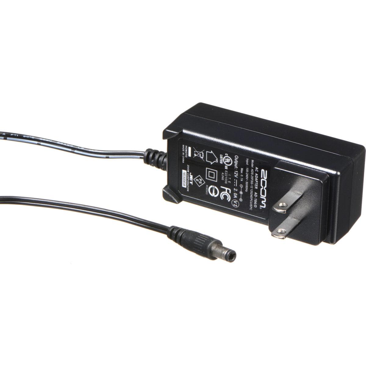 อะแดปเตอร์แปลงไฟ ยี่ห้อ Zoom รุ่น AD-19 power adapter