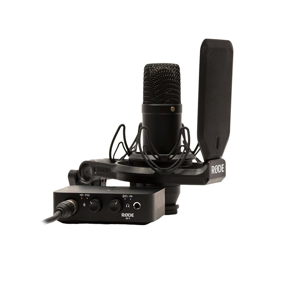 ไมโครโฟนอัดเสียงพร้อมอินเตอร์เฟส ยี่ห้อ Rode รุ่น NT1/Ai1 Studio Set